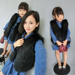 Wholesale Winter Fur Outfits - Mother Daughter Fur Vest Coat 2017 Mom Girls Faux Fox Waistcoat Women Jacket Kids Girls Coats Family Outfits Clothes S665