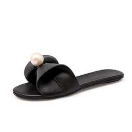 Canada Nouveau 2017 femmes tongs plage sandales mode pantoufles Bling été femmes appartements chaussures femmes sandales plates supplier bling pu slipper Offre