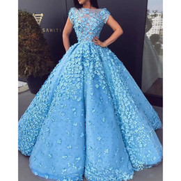 Wholesale new fashion 3d short dresses - New Fashion Gorgeous Pearls Evening Dresses Sheer Neckline 3D Floral Applique A-Line Tulle Evening Gowns Red Carpet Dress Celebrity Dresses