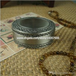Wholesale Trinket Wedding Boxes Wholesale - Antique Oval Metal Jewelry Box Trinket Box with Flower Engraving Vintage Alloy Princess Jewelry Case Wedding Favors