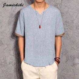 Commercio all'ingrosso- Stile coreano T-shirt da uomo 2016 Estate Moda uomo con scollo a V in cotone e lino t-shirt Homme Baggy Top Tees XXXXXL di alta qualità da