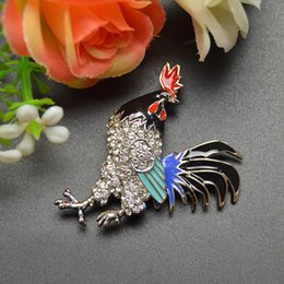 Wholesale Rooster Pins - Wholesale- new arrival 2016 2 colors choose rhinestone cock brooches for women rooster brooch pins coat accessories Chinese chicken year