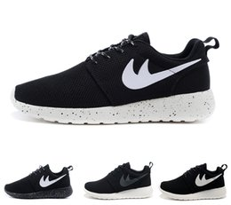 Wholesale Womens Cheap Football Boots - 2017 Cheap Original Run Running Shoes Mens Womens black white Runing Shoe Breathable Outdoor sheos portable Sneakers casual shoes eur 36-45