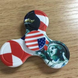 Wholesale Tip Rotation - Camouflage American Flag Camo Fidget Spinner Triangle Tri Hand Spinner Good Bearing EDC Finger Tip Rotation HandSpinner Decompression Toys
