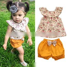 Wholesale Adorable Baby Outfits - Adorable Baby Girls Outfits Sets Lotus Leaf Collar Floral Tee Tops and Shorts Pants Bowknot Flowers 2piece Set For Girl Suits Sets A6827