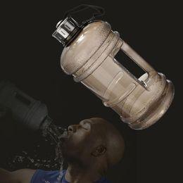 Vente en gros - Portable 2.2L BPA en plastique grande grande capacité Sports bouteille d'eau plein air pique-nique vélo Camping Vélo Bouilloire Noir ? partir de fabricateur