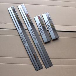 plaque de seuil de porte nissan Promotion Pour Nissan Tiida 2011 en acier inoxydable plaque de seuil de porte seuil ultra-mince seuil bande Bienvenue pédale de voiture style accessoires 4 pcs
