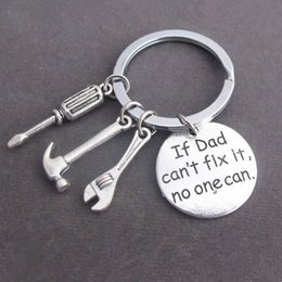 Wholesale Fathers Ring - If Dad Can't Fix It No One Can Keychain Keyring Keyfob - Hammer Screwdriver Wrench Dad Father Key Chain Ring Charm Bag Pendant