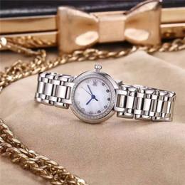 Nouvelle inscription série PRIMALUNA dames de montres de luxe pour femmes montre en verre saphir diamants cas conception boucle papillon robe montre ? partir de fabricateur