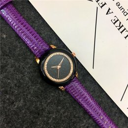 Wholesale Leather Items For Girls - 2017 Hot Items Women watch Genuine Leather Famous designer Imitation Conch Lady wristwatch Dress watch Student luminous Gift for girls Sexy