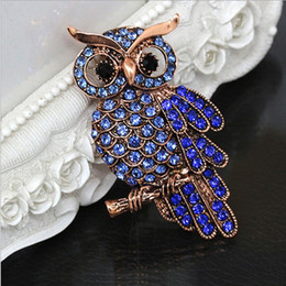 Wholesale Scarves China Wholesale Men - Big Blue Rhinestone Owl Brooches For Wedding Bouquet Vintage Scarf Pin Buckle Broches For Women Men Gifts