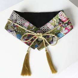 Argentina Al por mayor-Mujeres Diseñador de moda Cinturón de cintura de terciopelo de la vendimia de seda de oro del bordado floral ata para arriba el nudo Fringe Kimono Cummerbunds amplia supplier kimonos for women Suministro