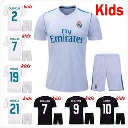 Wholesale youth ronaldo jerseys - 17 18 Real Madrid kids soccer jersey kits youth boys child jerseys kits 2017 2018 RONALDO JAMES BALE ISCO football shirts
