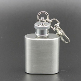 Wholesale Mini Flask Key Chains - 1oz 28ML Stainless Steel Mini Hip Flask Portable Outdoor Empty Whisky Bottle With Key Chain Free Shipping ZA4050