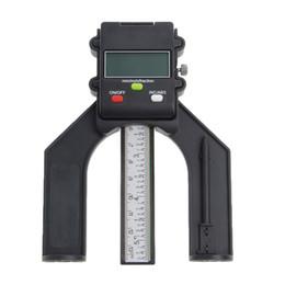Цифровой ЖК-магнитные ноги апертура 80 мм рука маршрутизатор самостоятельно стоять датчик глубины supplier hand router от Поставщики ручной маршрутизатор