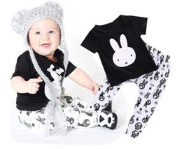 Wholesale Classic Baby Clothes Sets - INS Baby Clothes Cotton Newborn Rabbit Printing Set Classic Black T-shirt Tee Cute Cartoon White Pants Children Pants Kids Clothing 035