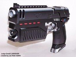 Wholesale Model Scale Pistol Toy - Wholesale-3D Papar Model Judge Dredd Pistol Scale 1 : 1 Firearms Handmade DIY Gun Toy For Cosplay