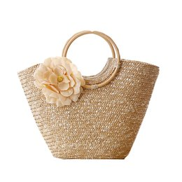 Wholesale Wholesale Beach Baskets - Round Wood Handle Shopper Bag Summer Straw Beach Bags Flower Design Shoulder Market Women Handbags travel Causal Tote Basket