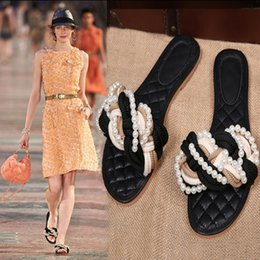 Wholesale Ladies New Style Sandal - Koovan Women Slippers Spring 2017 New Style With Pearl Flat Shoes Ladies Summer Flats With woman Beach Fashion Sandals Tide Black Woven
