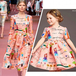 Wholesale New Winter Dress Styles - Fashion Runway Girl Dresses 2017 New Arrival Printed A line Short Sleeve Knee Length Princess Girl Dress Christmas Baby Gown In Stock