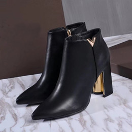 Wholesale Designer Shoes Boots Ladies - Fashion New Womens Ladies Winter Ankle Genuine Leather Boots Luxury Shoes LVS Designer 9.5CM High Heel Pointed Toes Slip-On Black Shoes