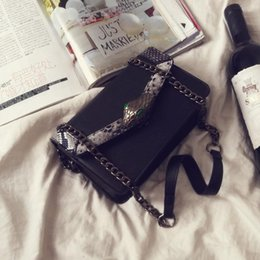 Wholesale Inclined Shoulder Bag - High quality fashion cool chain small bread serpentine streets wind one shoulder chain bag2017 female bag inclined shoulder bag