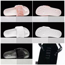Wholesale Summer Girls Slippers - 2017 Wholesale Famous Slippers Leadcat Fur Slides - Pink, Black, White Slide Sandal summer indoor scuffs Women GIRL cool Sandals Size 36-39