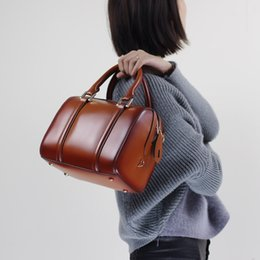 Wholesale Shinny Top - Women Good Quality Genuine Leather Handbag Boston Bag Bowling Bag in Top Class Smooth and Shinny Cowhide 4 Color ways Free Shipping
