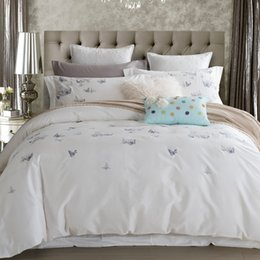 Wholesale Pink Butterfly Duvet Set Cotton - Wholesale- 100% Cotton Butterfly Bedding Set White Embroidered bedroom Duvet Cover Set King Queen Size with Bed Sheet Pillowcase