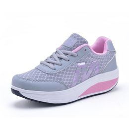 Wholesale Fitness Trainers Shoes - Women's Platform Wedges Swing Shoes 2017 Breathable Floral Women Casual Shoes Fitness Slimming SHoe Trainers Zapatos