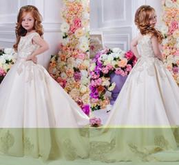019e2704571 Купить Онлайн Красивые платья маленькой девочки-Арабский Цветочный Тюль  Кружева Цветочные девушки Платья Бальные платья