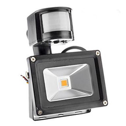 Wholesale Outdoor Led Motion Flood Lights - LED Outdoor Floodlight PIR IP66 Motion Sensor RGB LED Waterproof Flood Light 10W 20W 30W 50W 4200Lm Warm  Cool White 85-265V 140 Degree