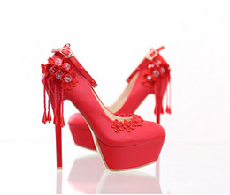 Wholesale Mary Pearl - White lace pearl high with the bride shoes red tassel round head crystal wedding shoes waterproof fine with women's shoes