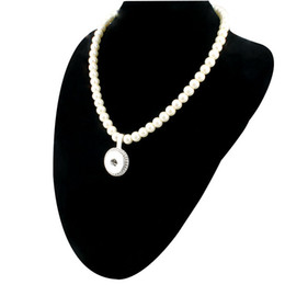 Wholesale Jewlery Bead Necklace - New Imitation Pearls Beads Snap Necklace For Women With Elegant Pendant Fit DIY 18MM Ginger Snap Buttons Jewlery Wholesale ZG020