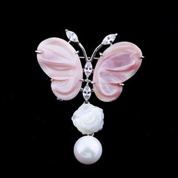 Wholesale Valentine Butterflies - Europe and the United States high - grade pearl powder shell butterfly zircon pectoral needle Valentine 's Day gift chestnut wild