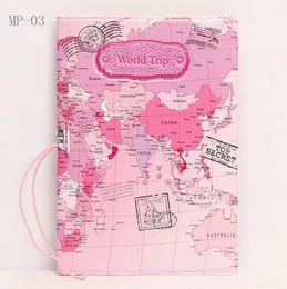 Saco de mapas mundiais on-line-100 pcs 2017 Chegada Nova Mundo Mapa de Viagem Titular de Passaporte de Viagem Carteiras de PVC Capa de Passaporte Saco de Passaporte Caso ID Titular