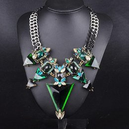 Wholesale Bib Necklaces For Women - 2017 New Fashion Jewelry For Women Big Triangle Rhinestone Statement Necklace Chunky Chain Crystal Choker Bib Necklaces Pendants