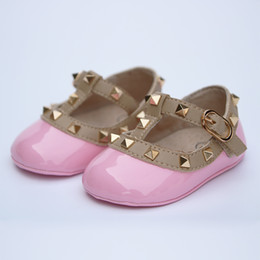 Wholesale Studded Shoes Wholesale - Wholesale- New Arrival! infant patent leather shoes baby First Walkers red leather baby shoes T-strape Infants pre-walker studded pink nude