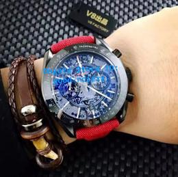 2019 лучшие швейцарские спортивные часы Мужские наручные часы Top Mens Chronograph Special Dial Watch Мужские швейцарские кварцевые хронометры Black Pvd Co осевые спортивные погружения профессиональные часы скидка лучшие швейцарские спортивные часы