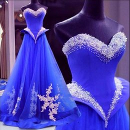 abito blu bella quinceanera Sconti Bellissimi cristalli blu royal abiti da sera con scollo a cuore una linea innamorato tulle pizzo applique peplo quinceanera abiti formale 2017