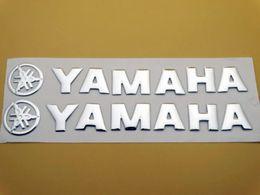 14.5 CM Etiqueta del emblema del tanque de gasolina y plata para el logotipo de Yamaha Carcasa del cuerpo Etiqueta del tanque de combustible Emblema Scooter Deporte Racing Bicicleta Tour desde fabricantes