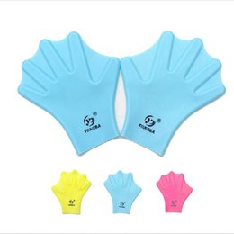 Wholesale Glove Silicon - Swimming Webbed Gloves Adult Swimming Finger Fins Hand Paddle Wear Silicon Swimming Fins 3 Colors High Quality