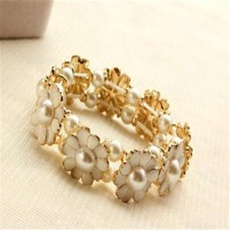 Wholesale Elastic Pearl Ring - Daisy Pearl Petal Elastic Bracelet Aesthetic Flower Bracelet DHL Stretch Rings Female Link Bangle Wholesale Free Shipping Accessories