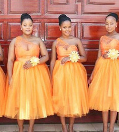 Wholesale Natural Orange Coral - Orange Bridesmaid Dress Tea-length Hot Bridesmaid Dresses Ball Gowns One shoulder African Fashion Bridesmaid Dresses vestido