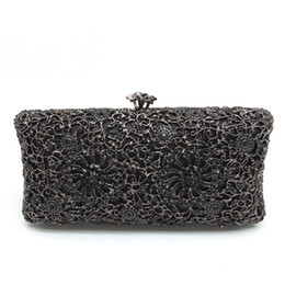 Wholesale Wedding Gift Bridal Packing - Gift Box Packed Women Floral Hollow Out Mini Metal Clutches Jet Crystal Black Evening Bags Wedding Dress Bridal Handbag Clutch