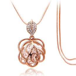 Wholesale Wild Flowers - Fashion personality wild sweater chain, long section of diamond-studded flower pendant, ladies clothing accessories necklace wholesale
