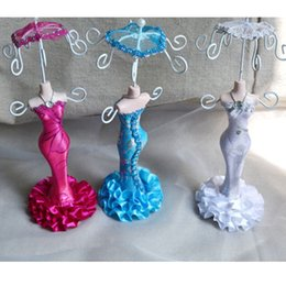 Wholesale Wholesale Jewelry Mannequins - Small Mannequin With Umbrella Doll Rack Necklace Earring Ring Jewelry Organizer Wedding Favor Holder Decorations