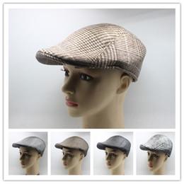 feltro berretti Sconti All'ingrosso-2016 New Classic Wool Felt Men Beret Cap Cabbie Gatsby Hat Golf Newsboy berretto piatto cappello berretto