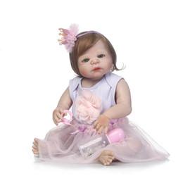 Vente en gros-56cm Full Silicone bébé poupée fibre cheveux bébé réaliste fille poupée Bebe Reborn jouet enfants mode jouet enfants nouvel an cadeau d'anniversaire ? partir de fabricateur