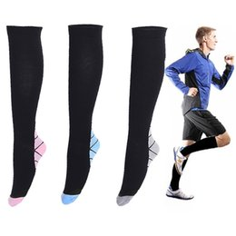 Wholesale Fatigue Running - Hot style of Women Men compression socks in 2 sizes available unisex miracle socks Outdoor sports Socks Anti Fatigue football Stocking